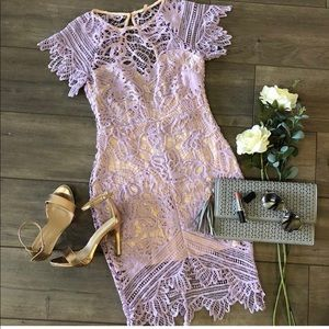 Beautiful fitted lavender dress